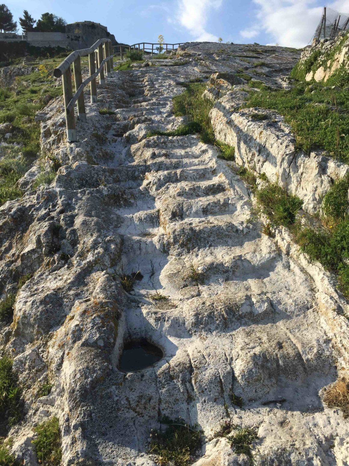 Gargano's best touristic hikes |  Download GPS routes